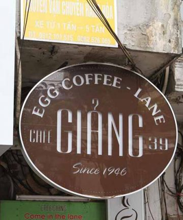 egg coffee hanoi at giang cafe