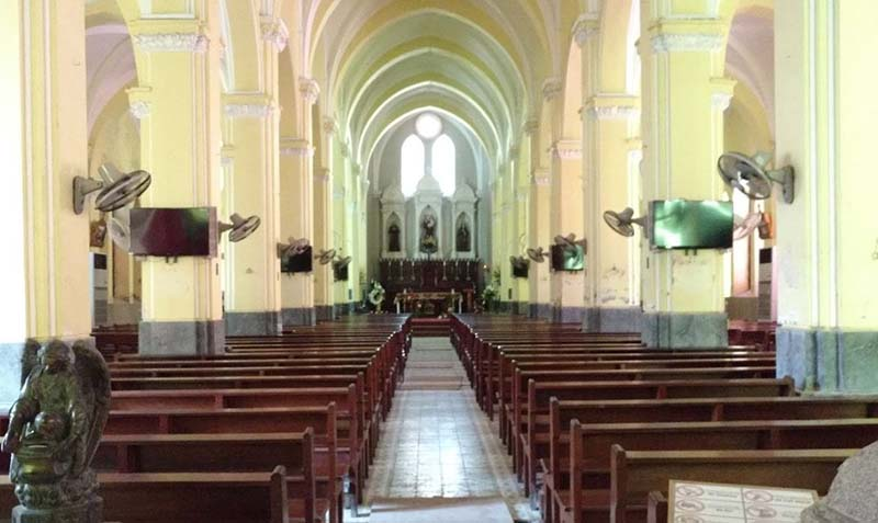 ham long church hanoi