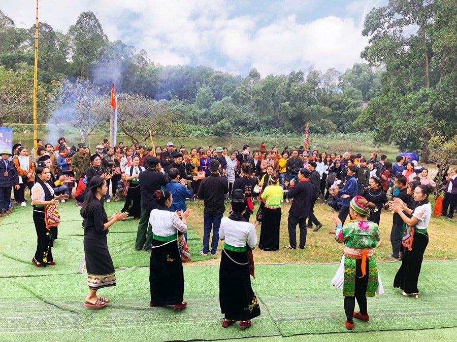 the village for ethnic culture and tourism