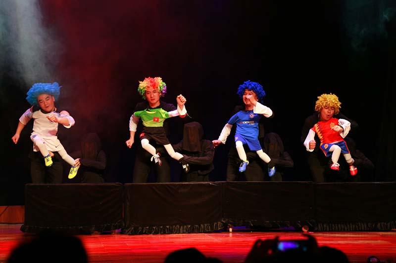 vietnam puppet theatre hanoi